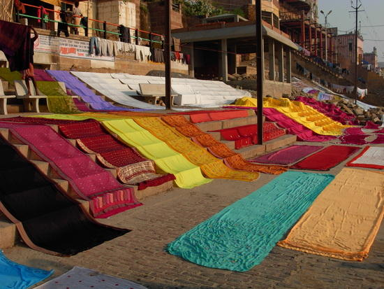 Shop Traditional sari in Varanasi